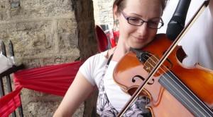 Krisztina Kiss, viola (Czardas – Vittorio Monti)